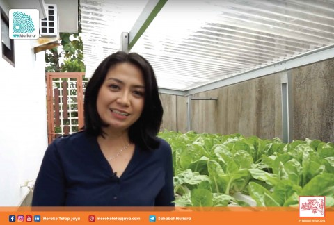Tetty Handayani (Miss Juice) - Kartini Indonesia